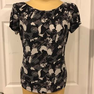 The Limited Black/ Grey Blouse size Medium NICE